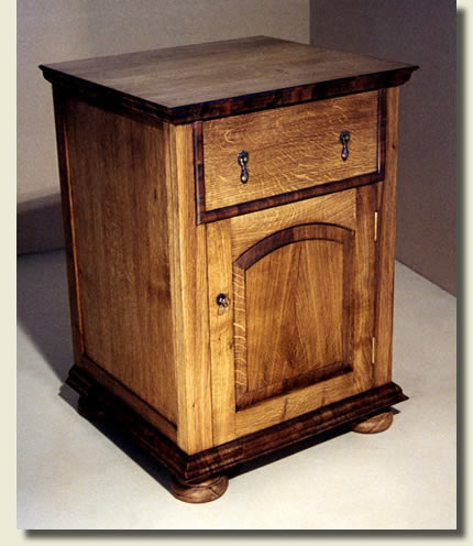 Bedside cabinet in English Oak